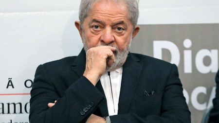 Left or right lula1