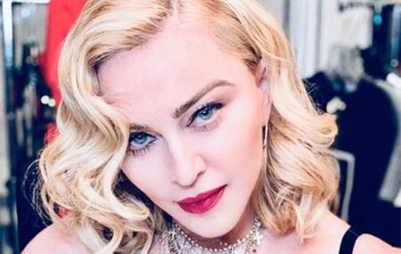 Left or right 20190822 madonna reproducao instagram 356199 36 620x393