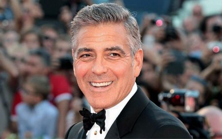 Left or right 1 clooney 20525494